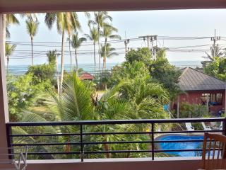 Seaview Poolside Apartment near Beach, Surat Thani