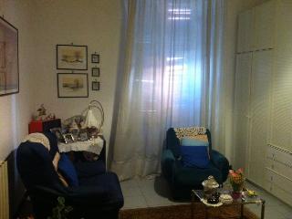 In pieno centro 1 stanza + cucina + bagno + ampio, La Spezia