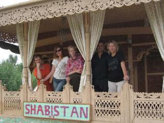 shabistan houseboat