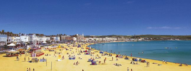 Weymouth Beach - Golden sands a short drive away