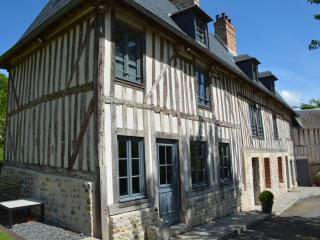 La Ferme, for a large family or a group of friends, Honfleur