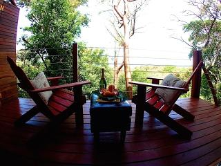 Macaw Suite - NEW West Bay Rental w/ Ocean View