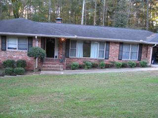 5 Bdrm 3 Bath House Sleeps 11-14 Decatur GA
