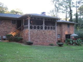 6 Bedrooms  3 Baths  (Sleeps 11-14)Screened-in Porch, Decatur
