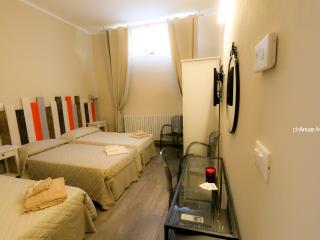 Camera tripla con bagno privato a bologna, Bolonia