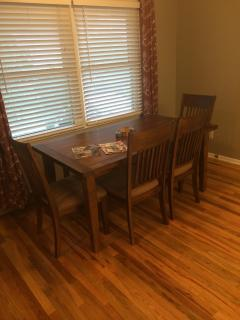 6-Person Dining Set