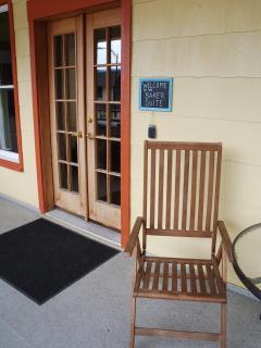 Baker Suite:  Outdoor dining furniture