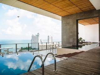 Luxury apartment NorthPoint Pattaya