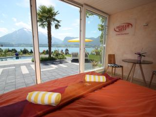Honeymoon Studio with Private Sauna & Lake View