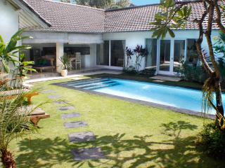 Villa Pagu, LAST MINUTE OFFER!!!, Kerobokan