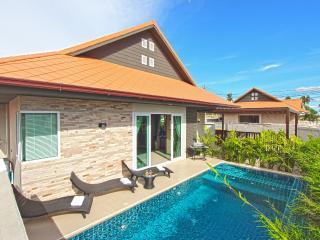 La Ville Grande Pool Villa A92 3Bed inc. breakfast, Pattaya