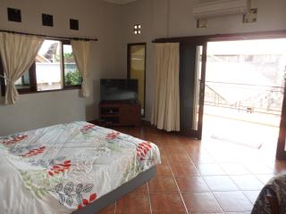 Sanur Bali Kingsized bedroom in private villa