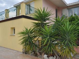 Villa in the beautiful bay of Porto Frailis.