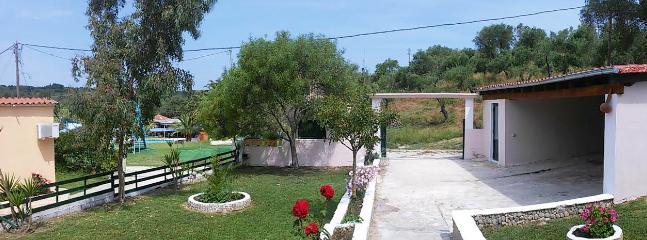 front garden,garage