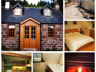 1 Kinnettas Cottages, Strathpeffer
