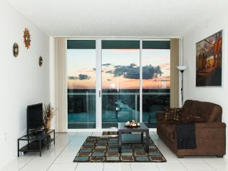 Best Of Sunny Isles 2/2 Luxury. Close To The Beach, Sunny Isles Beach