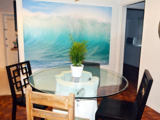 Beach Escape one bedroom apartment Cott 1, Miami Beach