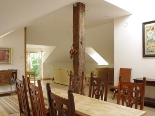 The Loft part of Kingham Cottages