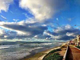 Ω Casa Del Mar Ω Relaxing ~ Oceanfront ~ Boardwalk, Tijuana