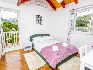 Superior Double Room with Balcony and Sea View, Dubrovnik