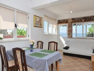Holiday Rental Apartment Doris Omis (A1)