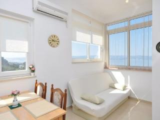 Holiday Rental Apartment Doris Omiš (A2), Omis