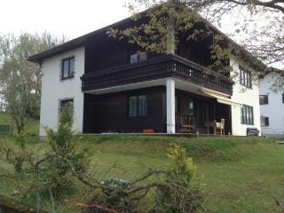 appartment in a family house by the lake, Portschach am Worther See