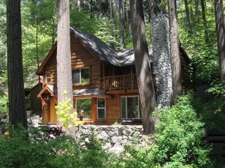 ROMANTIC - BURNT MILL CANYON COTTAGE, IMMACULATE, GORGEOUS - JUST FOR TWO