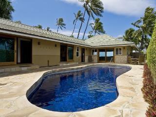 Diamond Head Tiki Estate - w/pool, oceanfront, Honolulu
