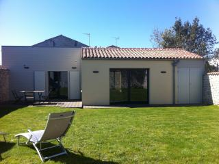 Spacious,charming holiday home, La Rochelle
