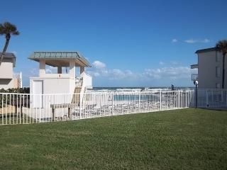 Entrance to the direct oceanfront pool, poolside gazebo and the ocean!