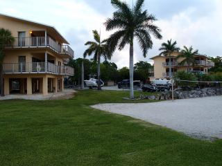 Paradise condo for fishing, scuba diving, relaxing