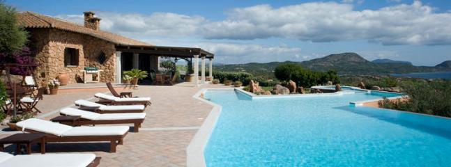 huge swimming pool, 160 sqm