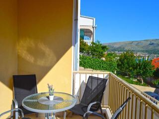 Modern Apartment near the Beach & Trogir Old Town