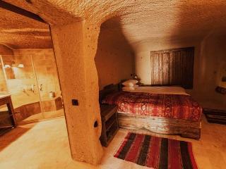 Ortahisar Cave Suites, Urgup