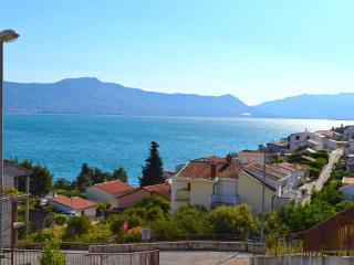 Modern Apartment for 6 near Trogir