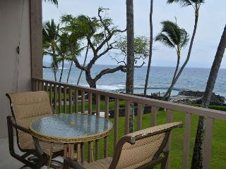 Kona Isle E23 DIRECT OCEAN FRONT, Wifi, 2nd floor, Gorgeous 1/1, Kailua-Kona