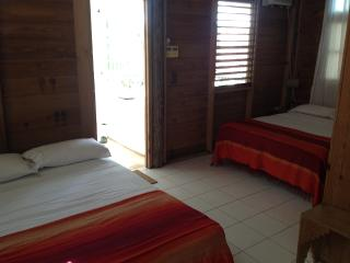 CHIPPEWA STUDIO: great location and price, Negril