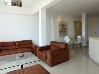 Amazing Luxury 2Bdr Sea View Suite, Tel Aviv