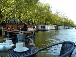 New! Houseboat Amsterdam Centrum