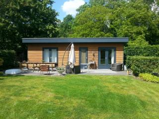 WATERVLIET ZEELAND 5* NEW UNIQUE COUNTRY COTTAGE