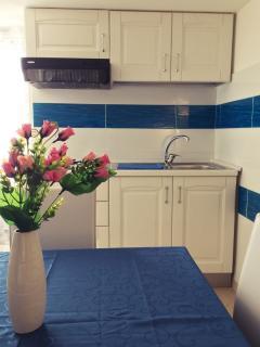 Cucina soggiorno - Kitchen