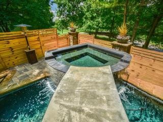 5 Star Luxury Experience - Just 1 Mile East of Downtown Atlanta