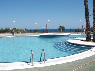 Modern apartment in Costa Blanca with swimming pool, 100m from Cabo Roig promenade