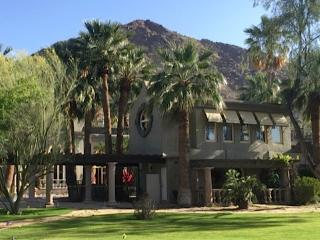 UNIQUE GUEST VILLA ON 1.2 ACRE CAMELBACK ESTATE