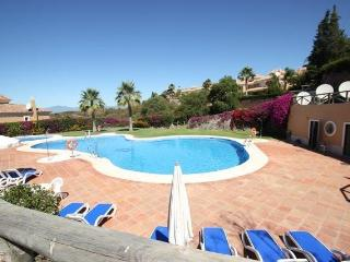 Luxury villa for rent in Marbella with heated private pool & stunning sea views