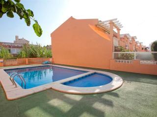 Ref 103.- Casa cerca de la playa con barbacoa, garaje y piscina comunitaria