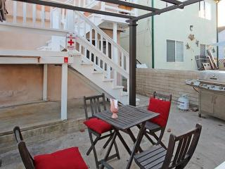 (MS2) Steps to Beach! - Patio/BBQ, San Diego