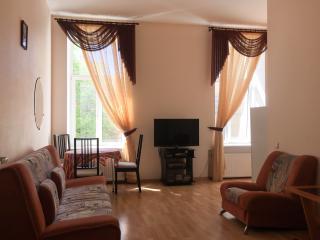 Nice flat near Hermitage, San Petersburgo