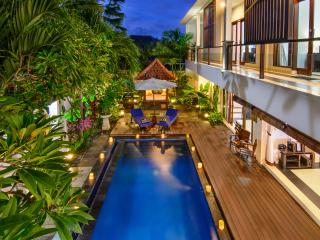 4 Bedroom Villa-Semi Open style designed Villa in Seminyak